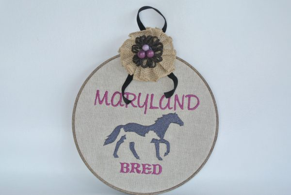 """Embroidered """"Maryland Bred"""" Horse Hoop Decoration - 8"""""""