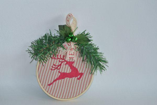 """4"""" Reindeer Hoop Ornament - Variant 1"""