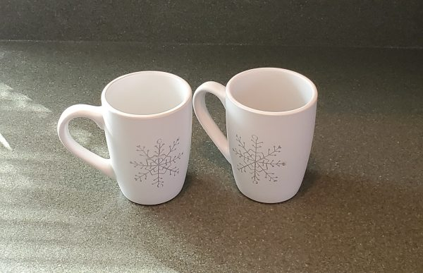 12 oz coffee mugs with snowflakes